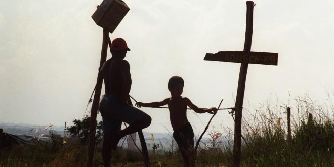 Guerra à pobreza em xeque no Brasil que luta contra a corrupção e a escravidão