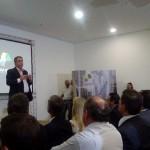Prefeito Jonas Donizette faz sua apresentação para grande público no Hotel Vitória (Foto José Pedro Martins)