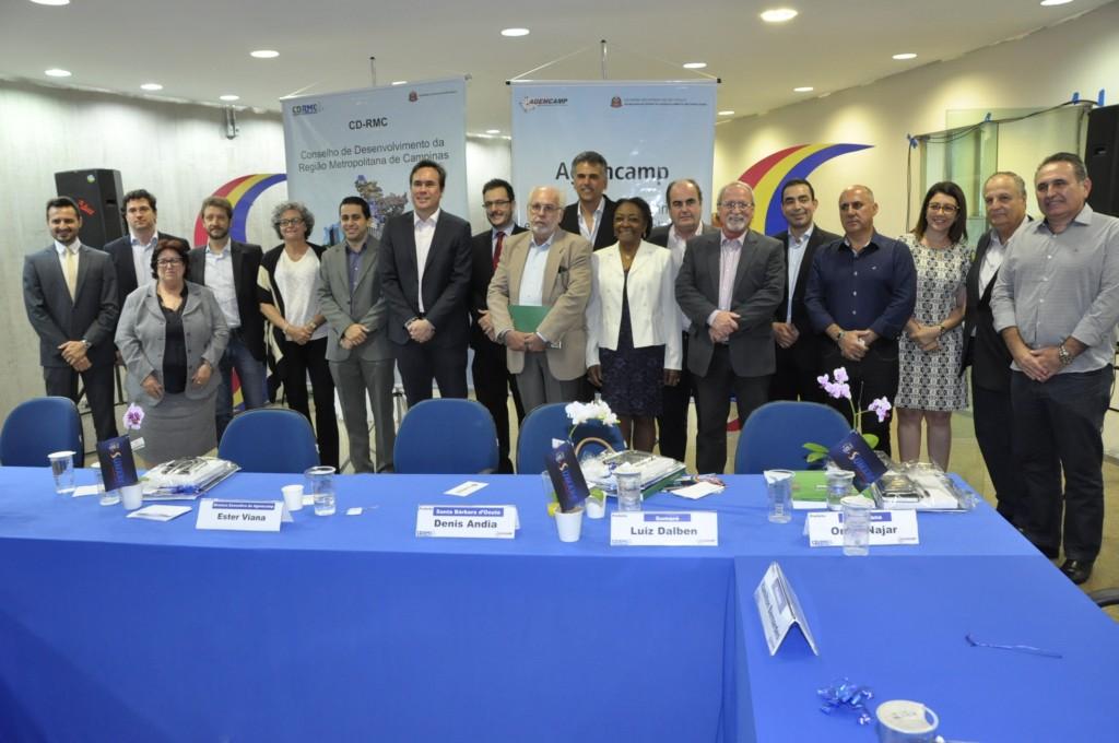 Prefeitos e demais participantes da reunião em Sumaré (Foto Divulgação)