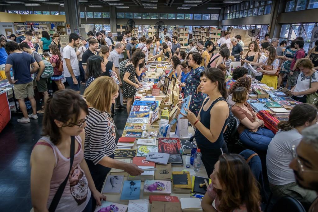 Mais de 70 expositores, de várias partes do Brasil (Foto Martinho Caires)
