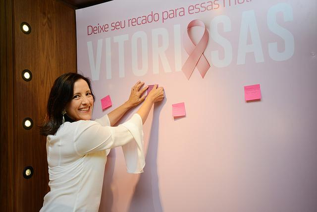 Primeira-dama Sandra Ciocci destacou participação de jornalistas e artistas (Foto Fernanda Sunega/Prefeitura de Campinas)