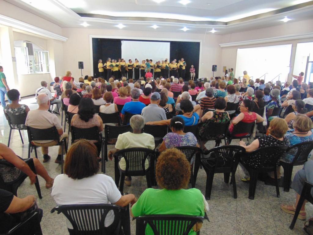 Apresentação do Coral do Programa Saúde Toda Vida (Foto José Pedro S.Martins)