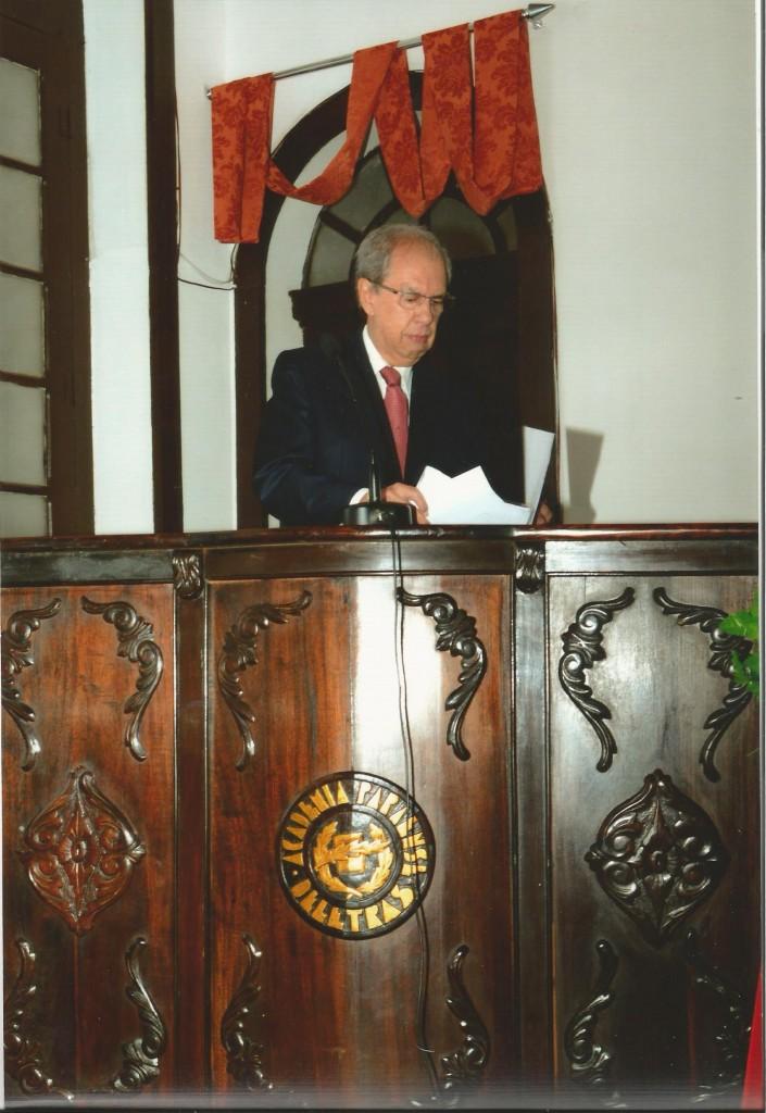 Jorge Alves de Lima em conferência na Academia Paraense de Letras (Acervo Jorge Alves de Lima)