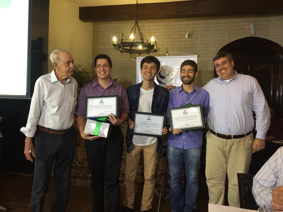 Vencedores na categoria Jovem Talento-Impresso (Foto Divulgação ABAG-RP)