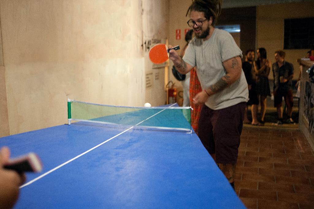 Kauê Garcia em seu trabalho 'Distraídos Perderemos' |Foto de Binho Baderna Miranda