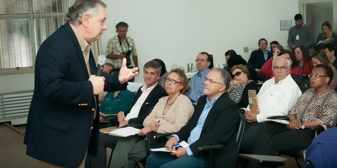 Luis Norberto Pascoal em evento sobre educação na Fundação FEAC (Foto Martinho Caires)