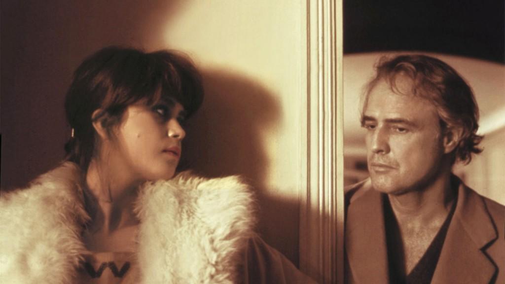 """Maria Schneider e Brando no polêmico """"O último tango em Paris"""" (Foto Divulgação)"""