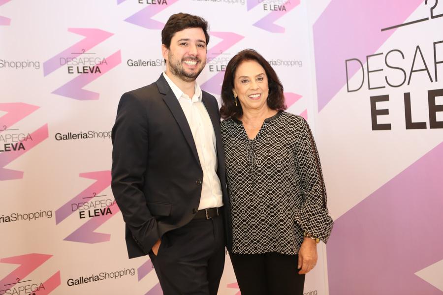Francisco Finocchiaro, gerente geral do galleria Shopping, e Vera Lucia Raposo do Amaral, presidente da Sobrapar  Foto: Divulgação/Tatiana Ferro