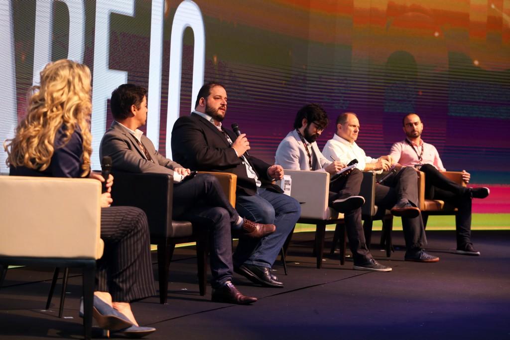 Caio Camargo, da GS&Up, destacou importância da inovação no 6º Fórum Regional do Varejo, em Campinas (Foto Adriano Rosa)