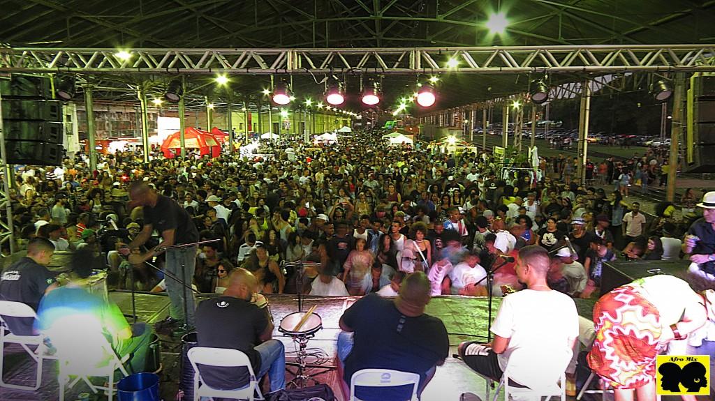 Das 12h às 21h, na Estação Cultura, haverá shows de samba, jongo, samba-rock, dança, DJ's, capoeira, desfiles, além da feira de produtos e da praça de alimentação