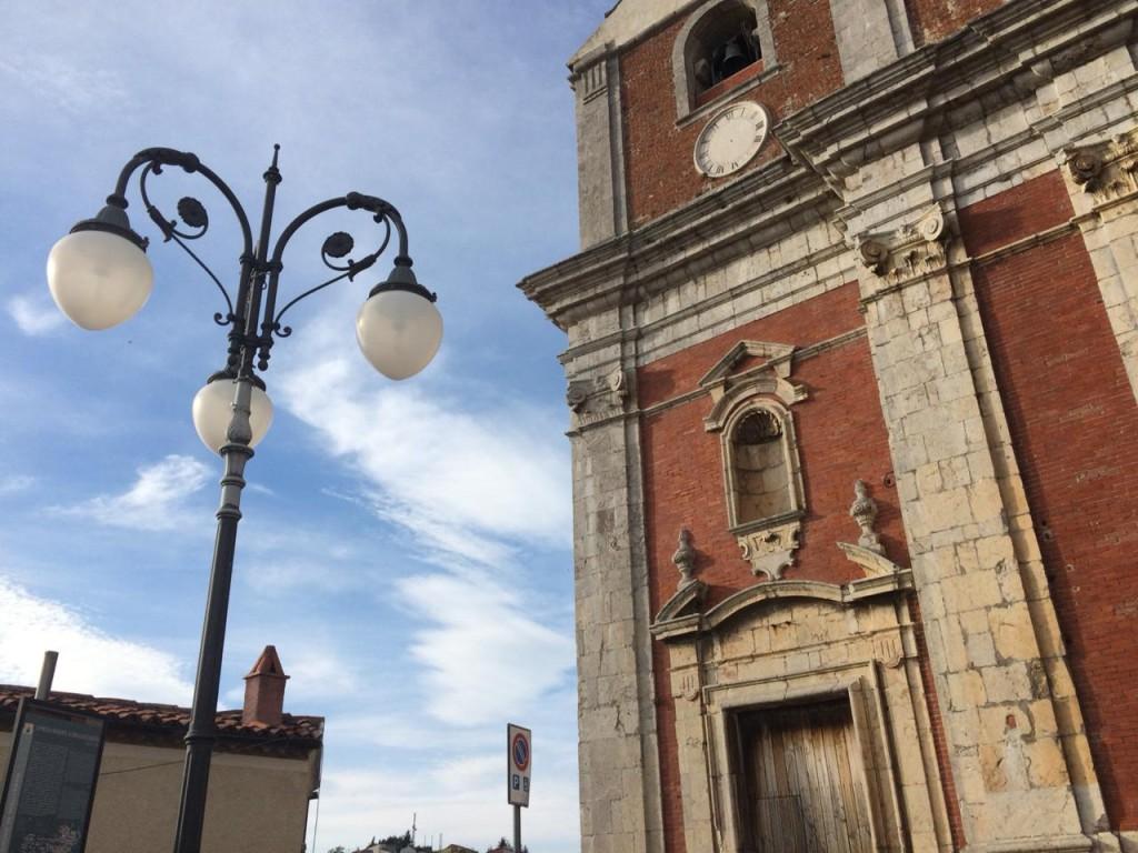 Detalhe da bela igreja Madre Della'Assunta, do século 11 (Foto Daniela Prandi)