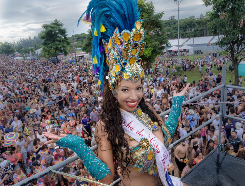A Rainha do Carnaval de Campinas em 2019 assinou sua presença (Foto Martinho Caires)