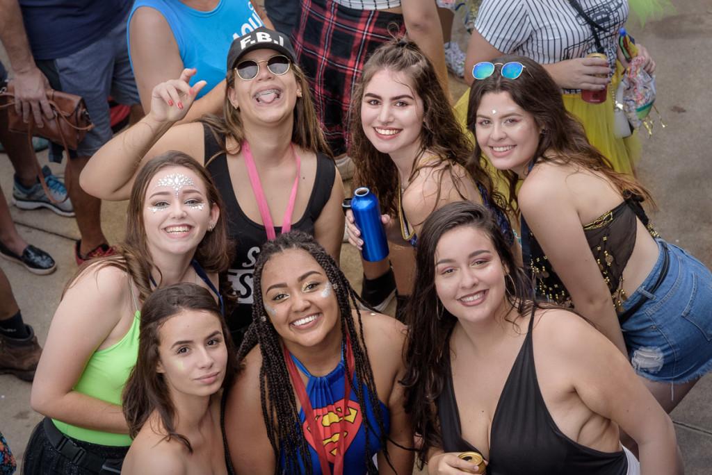 Alegria deu o tom geral da apresentação da City Banda na praça Arautos da Paz (Foto Martinho Caires)