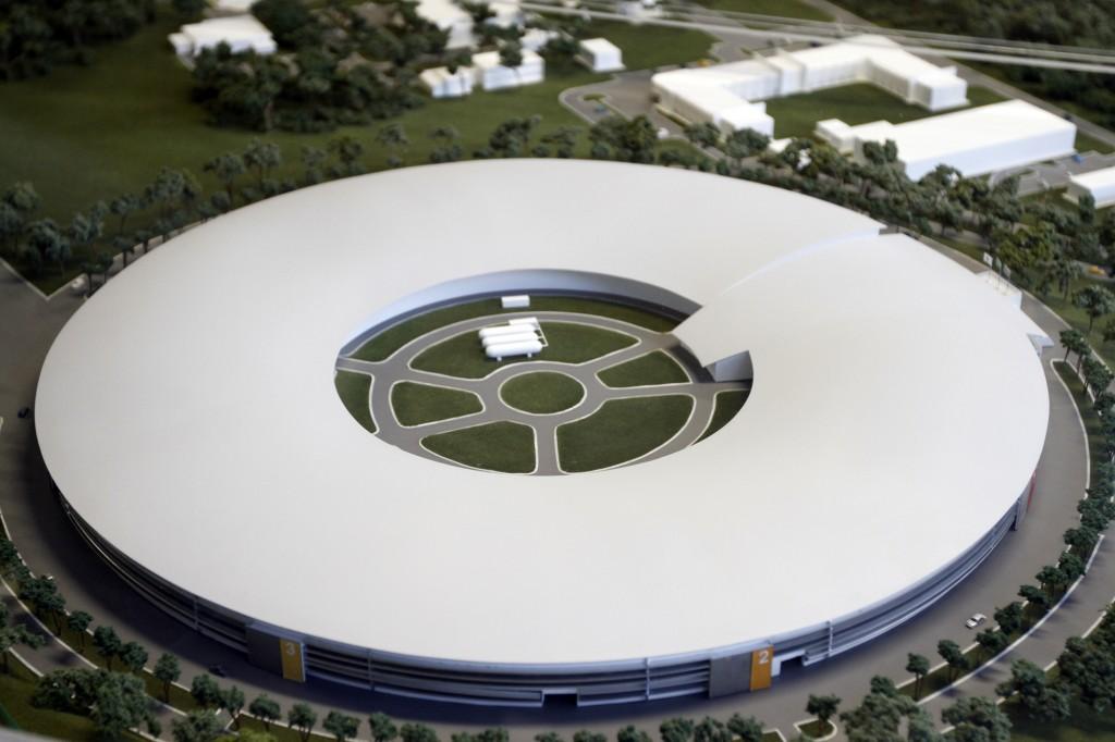 Maquete do prédio onde ficará o Projeto Sírius: uma das construções com padrões mais sofisticados do Brasil